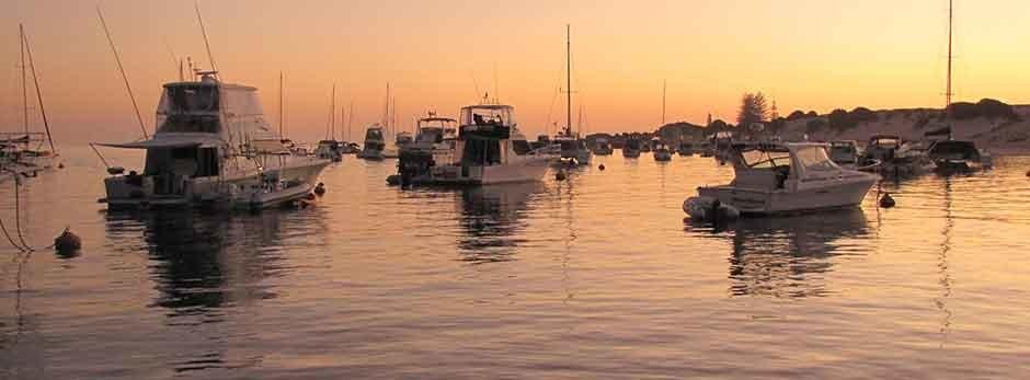 For-sale-sunrise-motoryachts